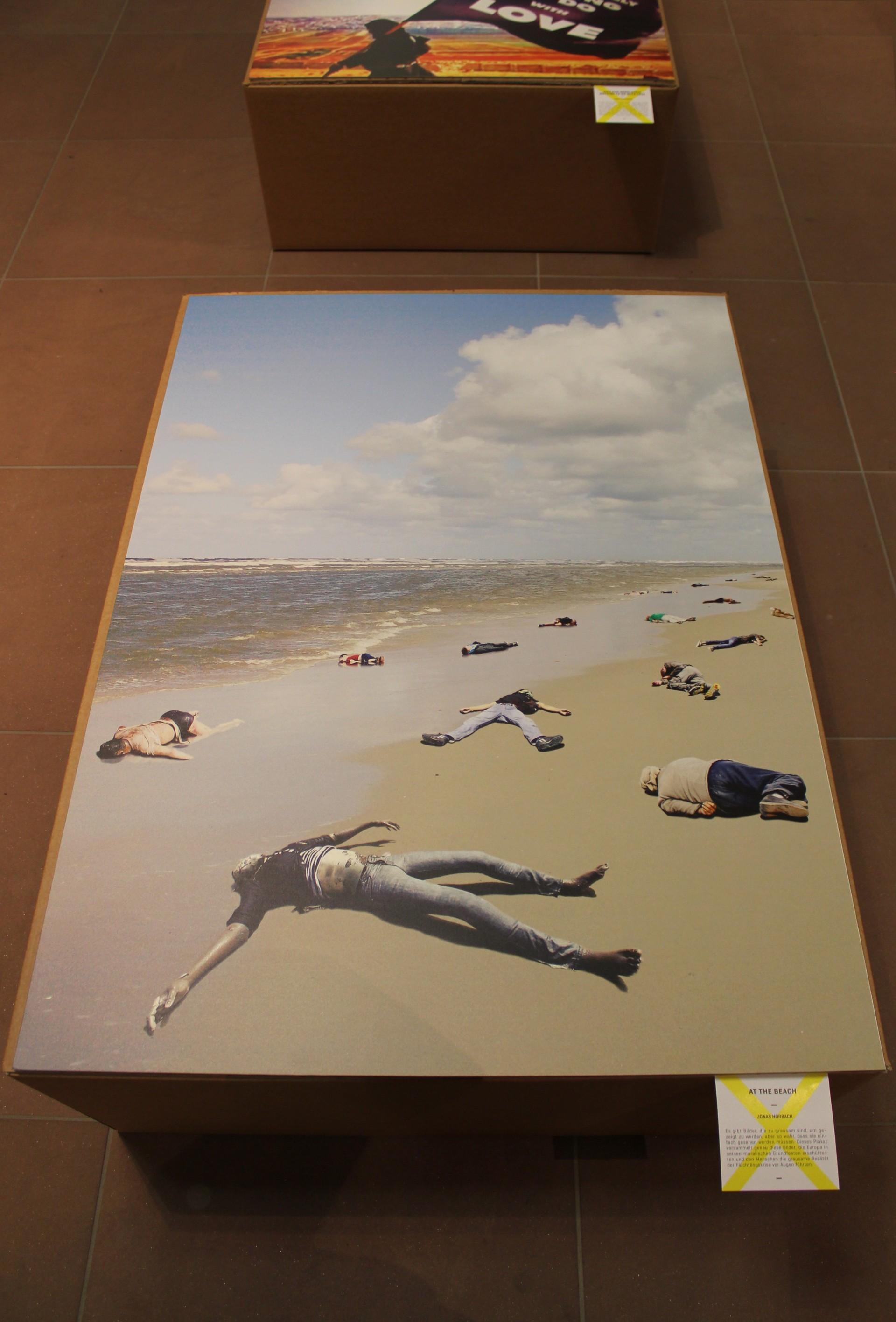 Art and design by Jonas Horbach At the Beach